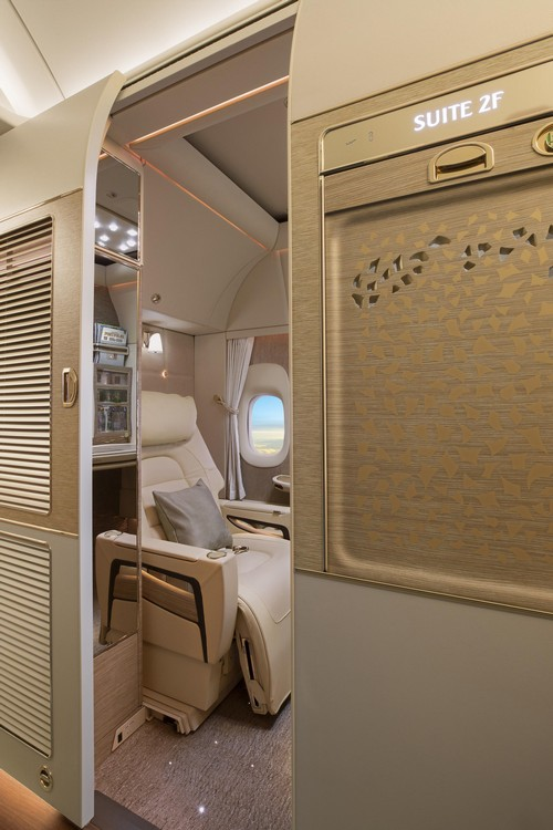 First-Class-fully-enclosed-private-suites (1)