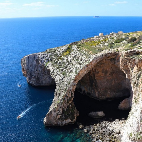 Malta Bitcoin Schizophrenia: Government and Banks Send Mixed Signals