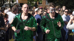 New 'Amazing Race' Starts Tonight On CBS4, Features Hot Dog Eating Champ
