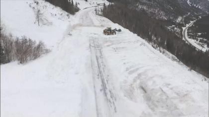 l avalanche danger 5pkg transf678er CAIC Says Very Large, Dangerous Avalanche Pattern Developing