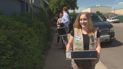 girl scout recycling 10pkg frame 1876 Girl Scout Helps Restore Old Computers To Help Students