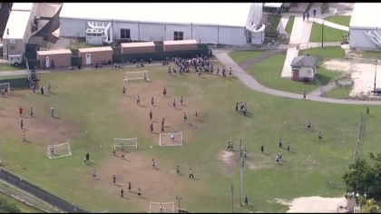 ice detainees local 5pkg frame 907 Students Help Families Outside ICE Facility