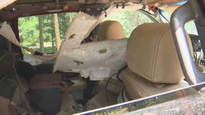 morrison bear 5pkg frame 788 Bear Gets Stuck Inside Truck, Destroys Interior