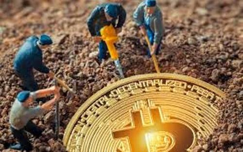 Mining Bitcoin Forks Has Become More Profitable Than BTC Itself, Miners Pulling Out