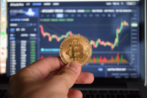"""Crypto Startup CEO, """"Gut Feeling"""", Is That Bitcoin (BTC), Will Fall Under $3000"""