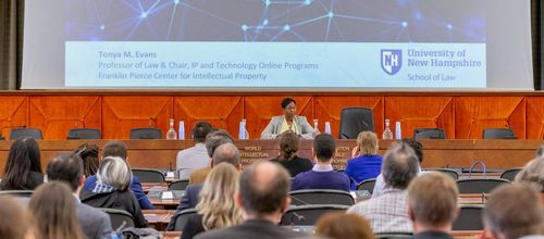Lawyers Rush In, New UNH Blockchain Program, Nabs Big-Name Speakers